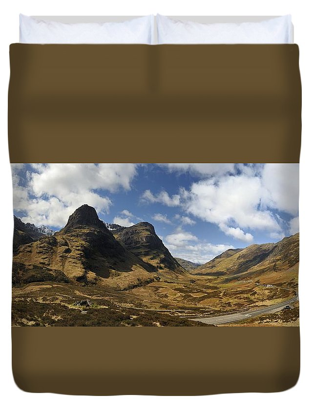 Three Sisters Of Glen Coe Duvet Cover featuring the photograph Glencoe by Alasdairjames