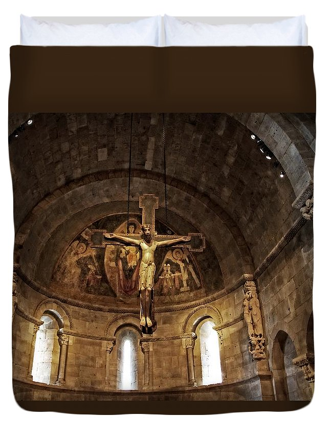 Jesus Duvet Cover featuring the photograph Glorious by Alice Gipson