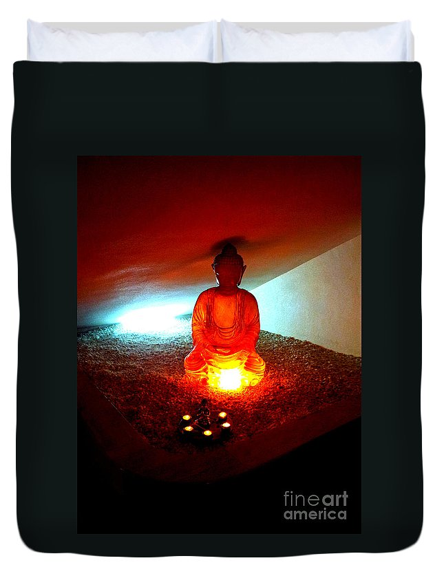 Buddha Duvet Cover featuring the photograph Glowing Buddha by Linda Prewer