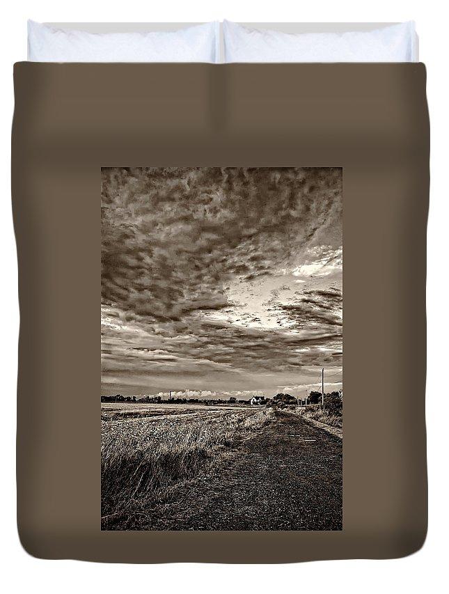 Farm Duvet Cover featuring the photograph Goin' Home Sepia by Steve Harrington