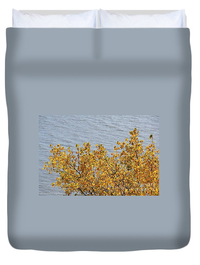 Flower Duvet Cover featuring the photograph Gold Leaves by Susan Herber