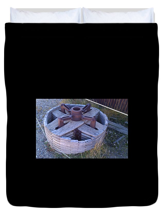 Gold Mines Duvet Cover featuring the photograph Gold Mine Pulley by Fortunate Findings Shirley Dickerson