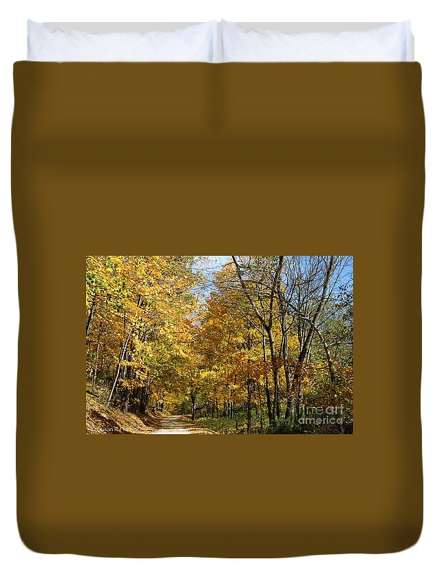 Flower Duvet Cover featuring the photograph Golden Lane by Susan Herber