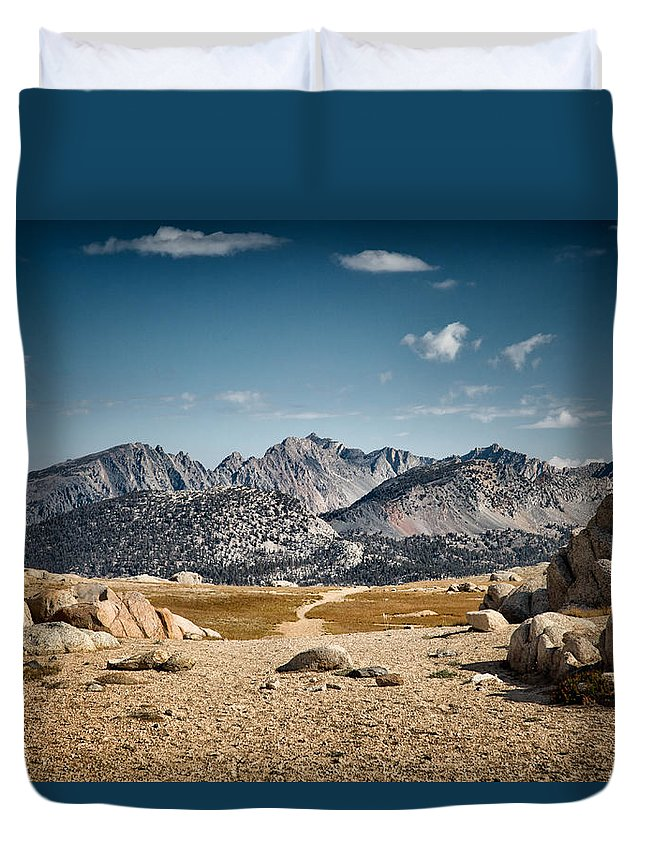 John Muir Trail Duvet Cover featuring the photograph Goodale Pass by Shauna Milton
