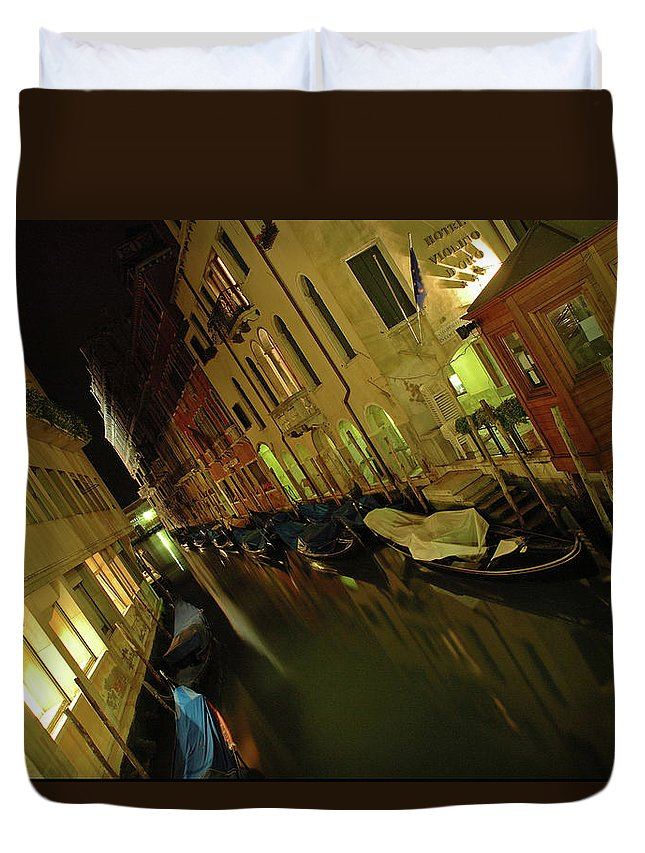 Italy Duvet Cover featuring the photograph Goodnight Gondola by George Buxbaum