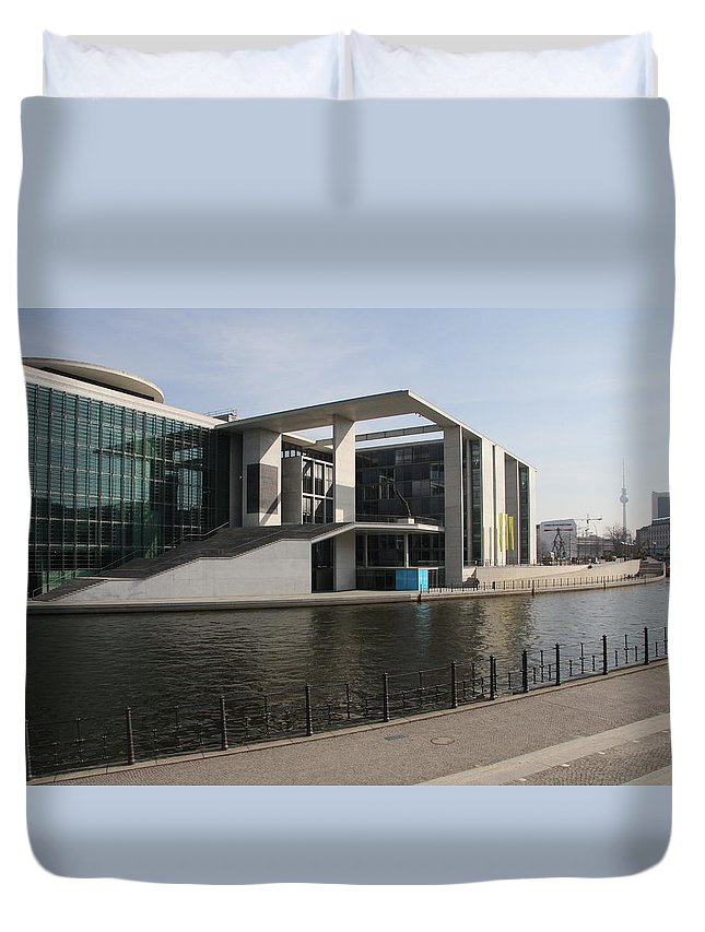Government Building Duvet Cover featuring the photograph Government Building Berlin by Christiane Schulze Art And Photography