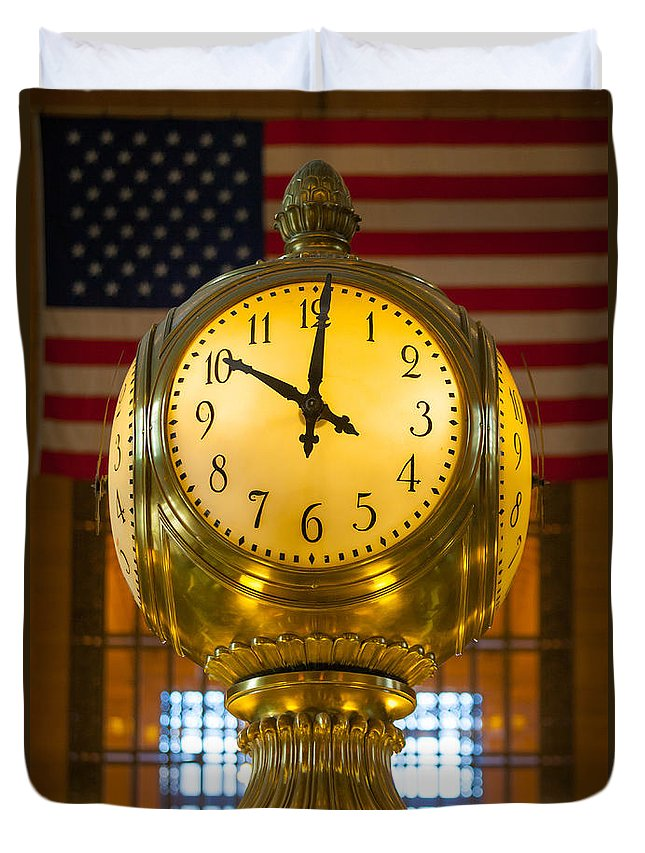 America Duvet Cover featuring the photograph Grand Central Clock by Inge Johnsson