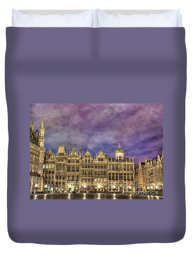 Architecture Duvet Cover featuring the photograph Grand Place by Juli Scalzi