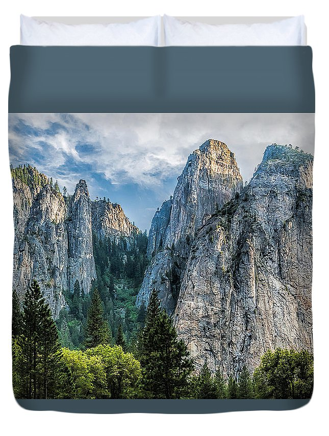 Yosemite National Park Duvet Cover featuring the photograph Sentinels by Maria Coulson