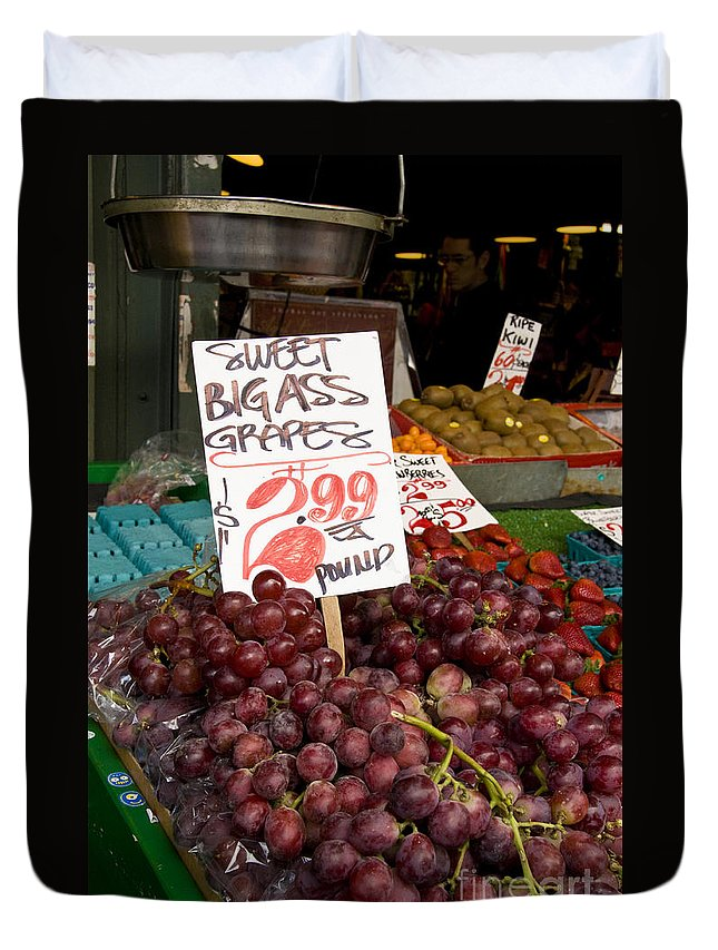 Grapes Duvet Cover featuring the photograph Grapes by Davina Parypa