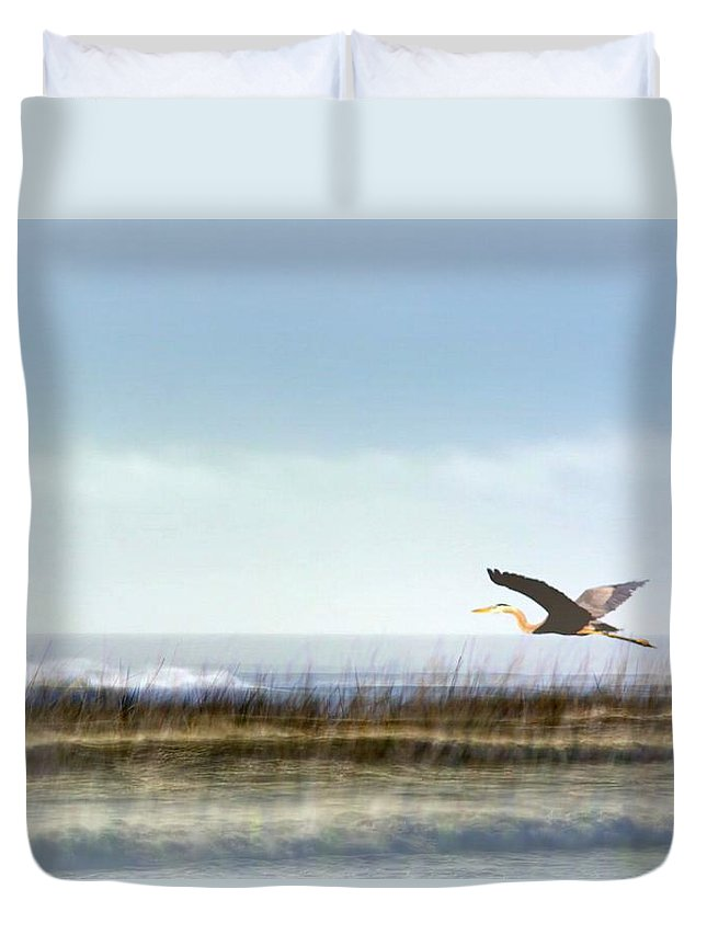 Heron Duvet Cover featuring the photograph Great Blue Heron - Orange Beach Alabama by Travis Truelove