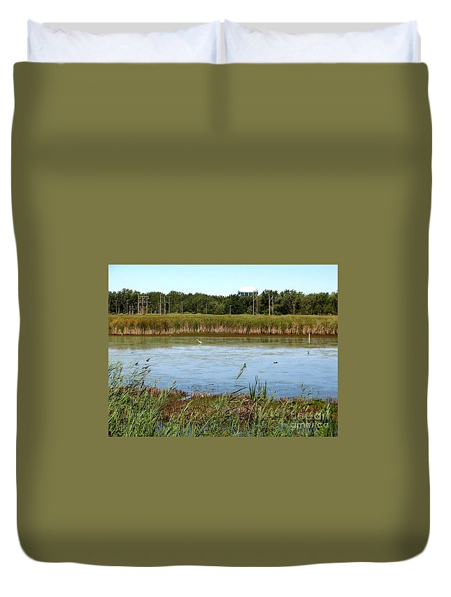 Great Egret Duvet Cover featuring the photograph Great Egret On Berm Pond At Tifft Nature Preserve Buffalo New York by Rose Santuci-Sofranko