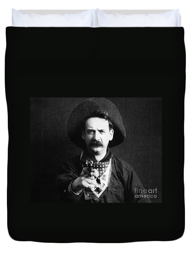 1903 Duvet Cover featuring the photograph Great Train Robbery 1903 by Granger
