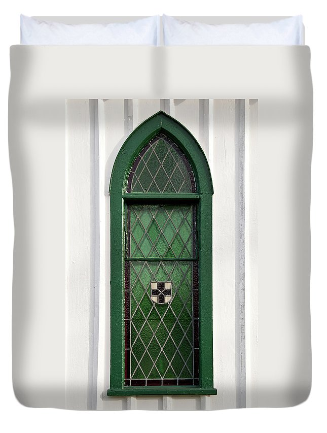 Balls Falls Church Duvet Cover featuring the photograph Green Window by Guy Whiteley