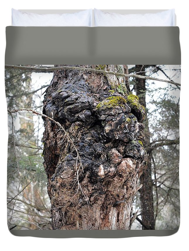Face Duvet Cover featuring the photograph Grumpy by Thomas Phillips
