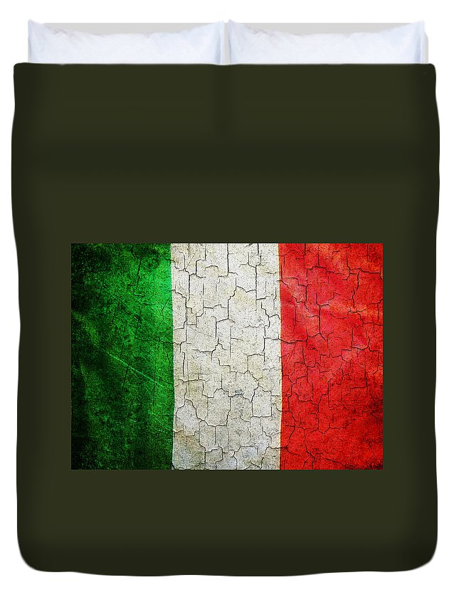 Aged Duvet Cover featuring the digital art Grunge Italy Flag by Steve Ball