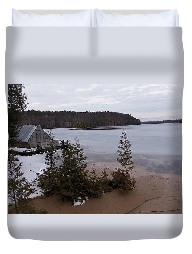 Boat Duvet Cover featuring the photograph Hale Michigan by Two Bridges North