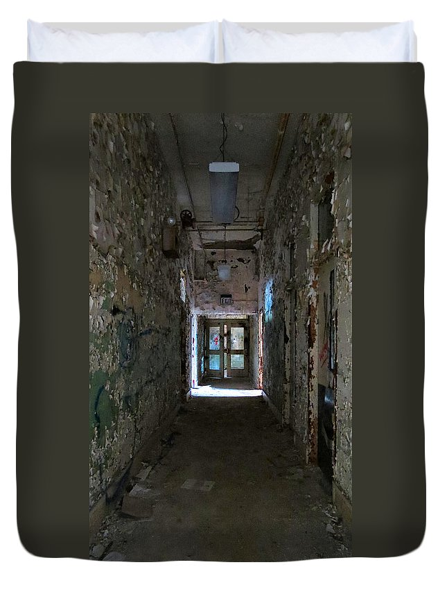 Heart Duvet Cover featuring the photograph Hall Of Unknown by Art Dingo