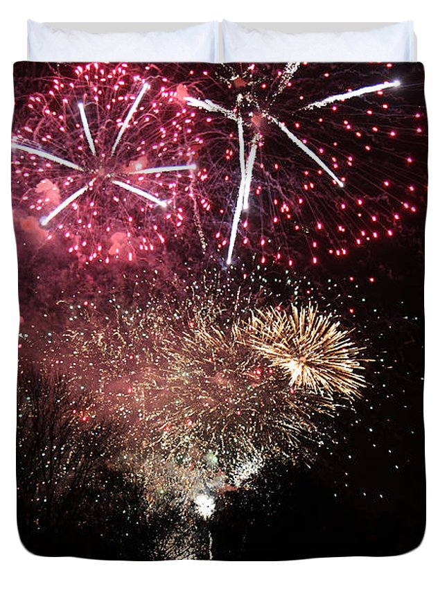 Firework Duvet Cover featuring the photograph 10715 Hamburg Winter Dom Fireworks by Colin Hunt