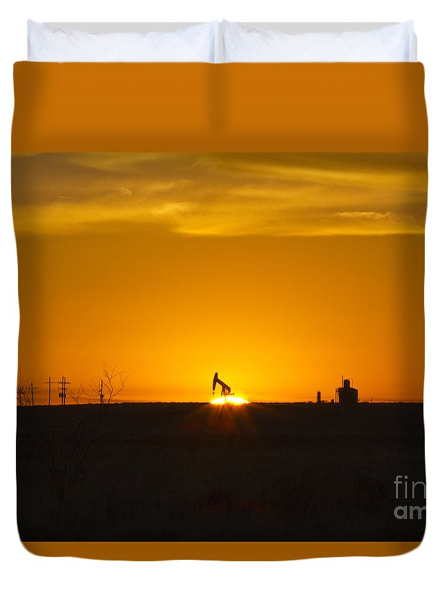 Sunrise Duvet Cover featuring the photograph Hammering The Sun by Alycia Christine
