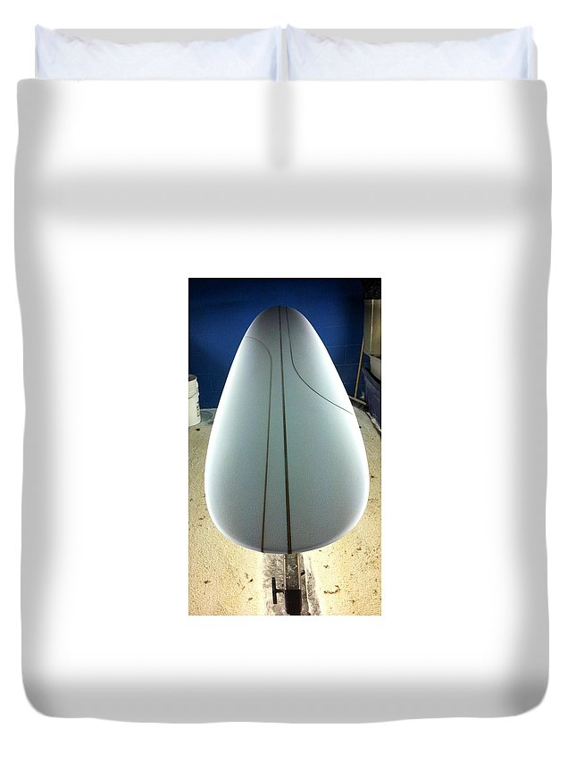 Handshapedsurfboards Duvet Cover featuring the photograph Handshaped Curves by Paul Carter