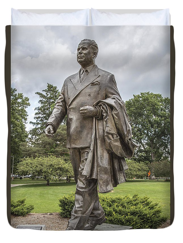 Michigan State University Duvet Cover featuring the photograph Hannah Statue At Msu by John McGraw