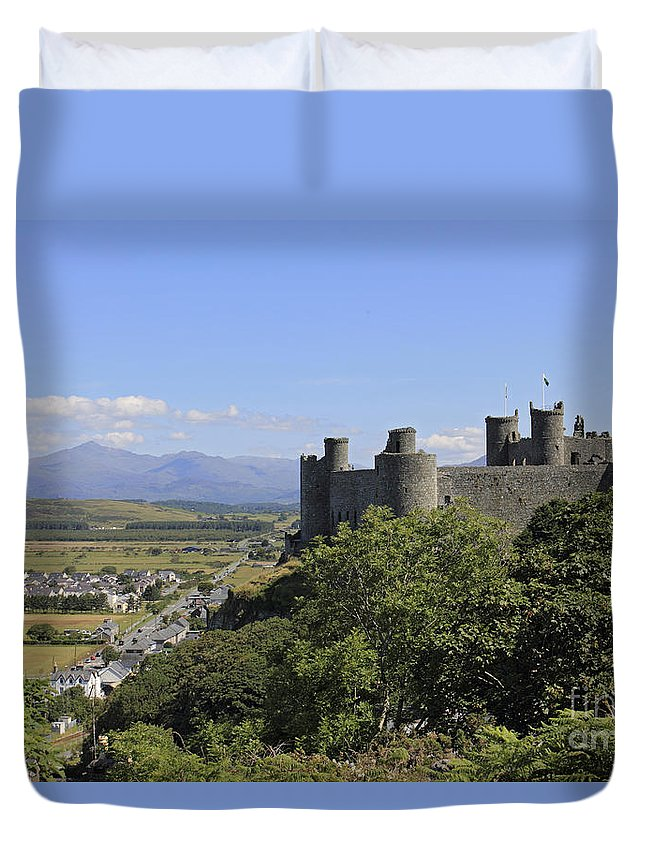 Sunset At Harlech Castle With Mount Snowdon In The Distance Duvet Cover featuring the photograph Harlech Castle Snowdonia by Julia Gavin