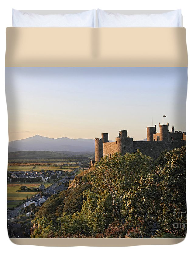 Sunset Harlech Castle With Mount Snowdon Wales Uk Snowdonia Duvet Cover featuring the photograph Harlech Castle Wales by Julia Gavin