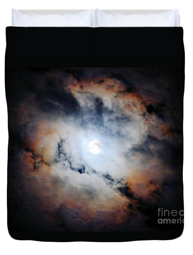 Harvest Moon Duvet Cover featuring the photograph Harvest Moon by Savannah Gibbs