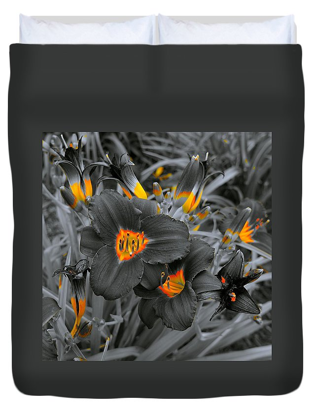 Floral Duvet Cover featuring the photograph Havens Of Nectar by Tim G Ross