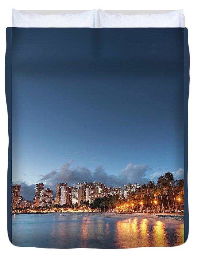 Honolulu Duvet Cover featuring the photograph Hawaii, Oahu, Honolulu by Michele Falzone