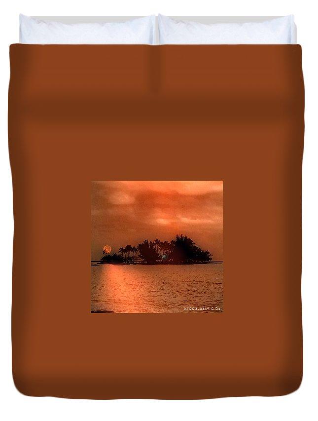 Hawaiiana Duvet Cover featuring the digital art Hawaiiana 10 by D Preble