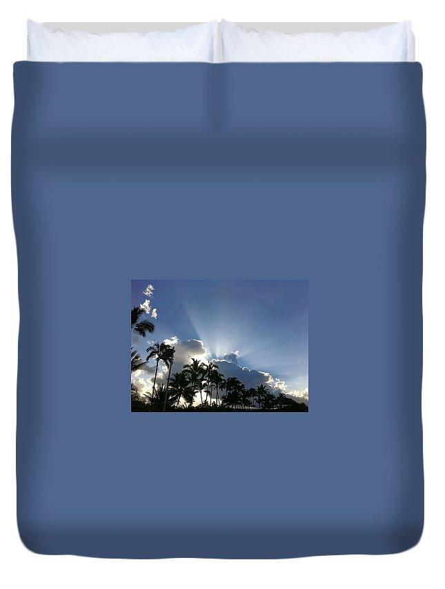 Hawaiiana Duvet Cover featuring the photograph Hawaiian Landscape 16 by D Preble