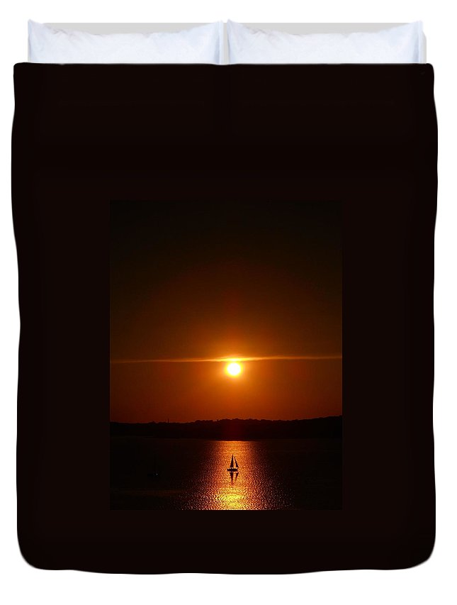 Sunset Duvet Cover featuring the photograph Hazy Horizons by Rachel Kaufmann