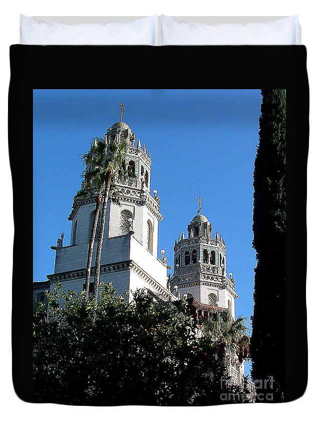 Towers Duvet Cover featuring the photograph Hearst 3-faa by Gary Gingrich Galleries