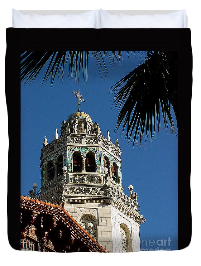 Tower Duvet Cover featuring the photograph Hearst 5-faa by Gary Gingrich Galleries