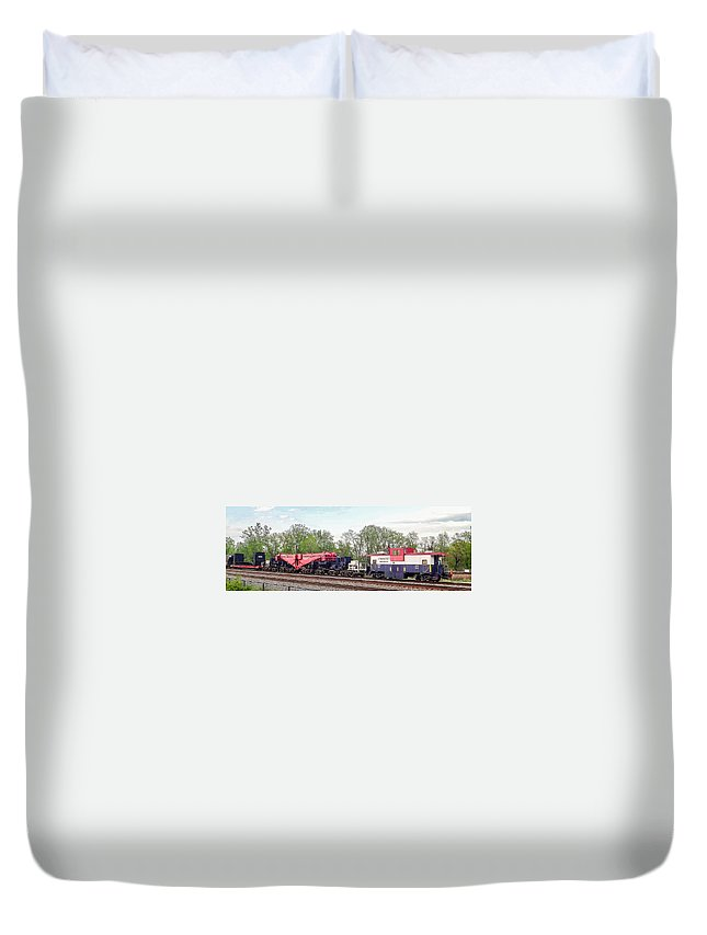 Alexandria Duvet Cover featuring the photograph Heavy Lift 1m Pound Capacity Schnabel Train Set By Emmert International by Jeff at JSJ Photography