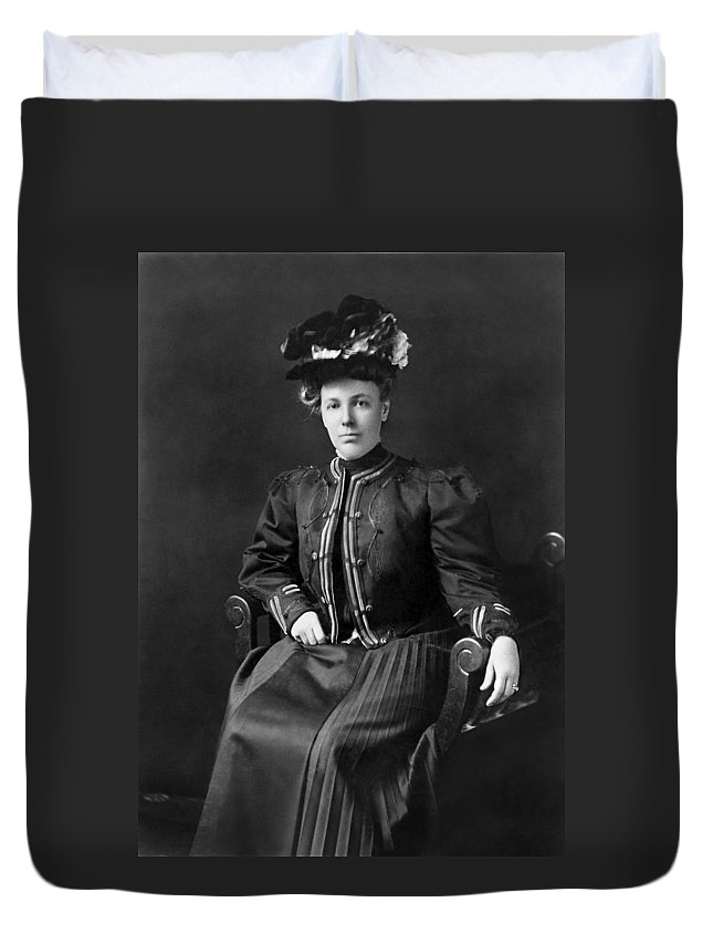1905 Duvet Cover featuring the photograph Helen Taft (1861-1943) by Granger