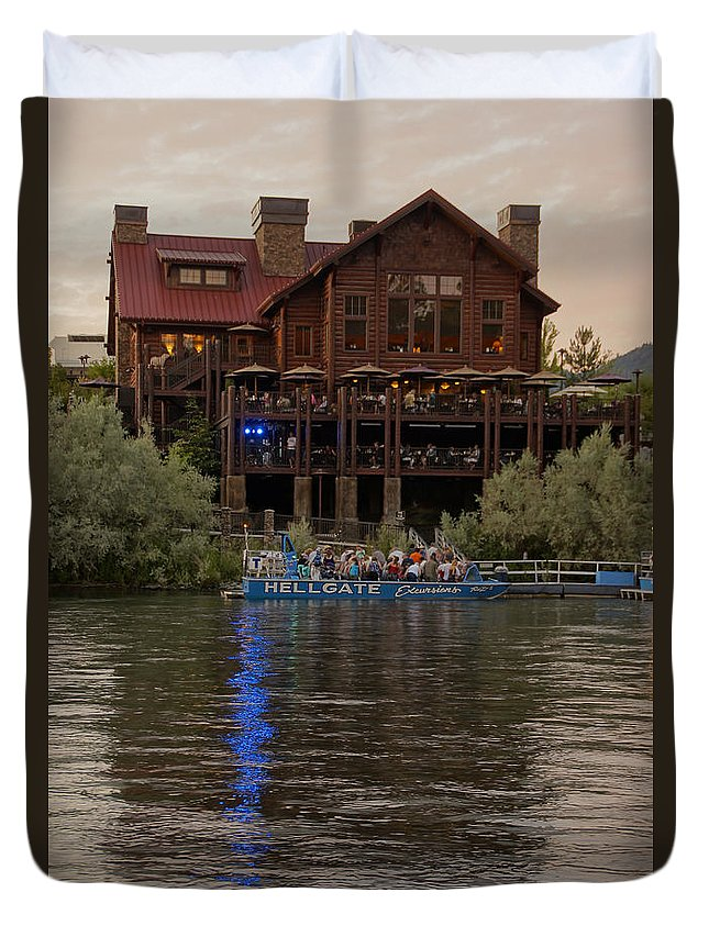 Hellgate Duvet Cover featuring the photograph Hellgate Excursions At Taprock 2 by Mick Anderson