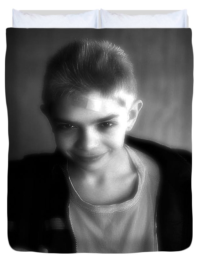 Portrait Duvet Cover featuring the photograph Here's Looking At You Kid by RC DeWinter