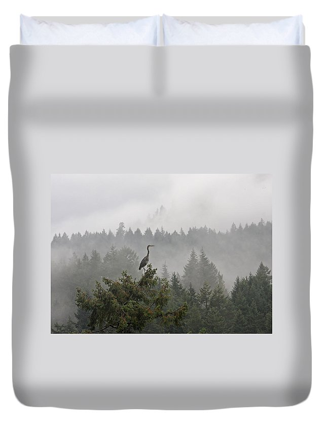 Heron Duvet Cover featuring the photograph Heron In The Mist by Peggy Collins