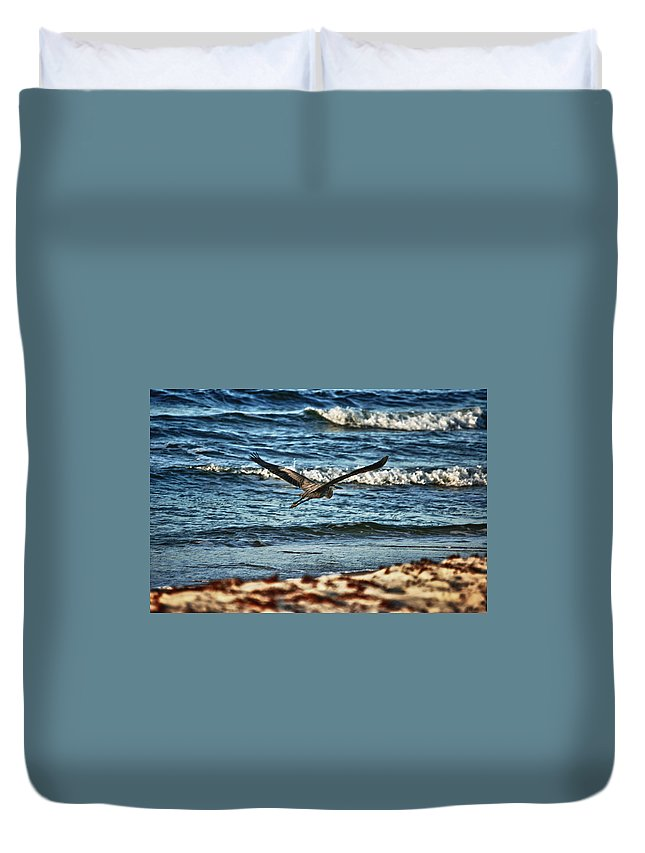 Alabama Duvet Cover featuring the digital art Heron Surf Cruising by Michael Thomas