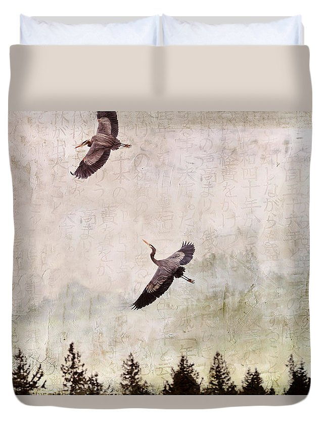 Herons Duvet Cover featuring the photograph Herons In Flight Monotone by Peggy Collins