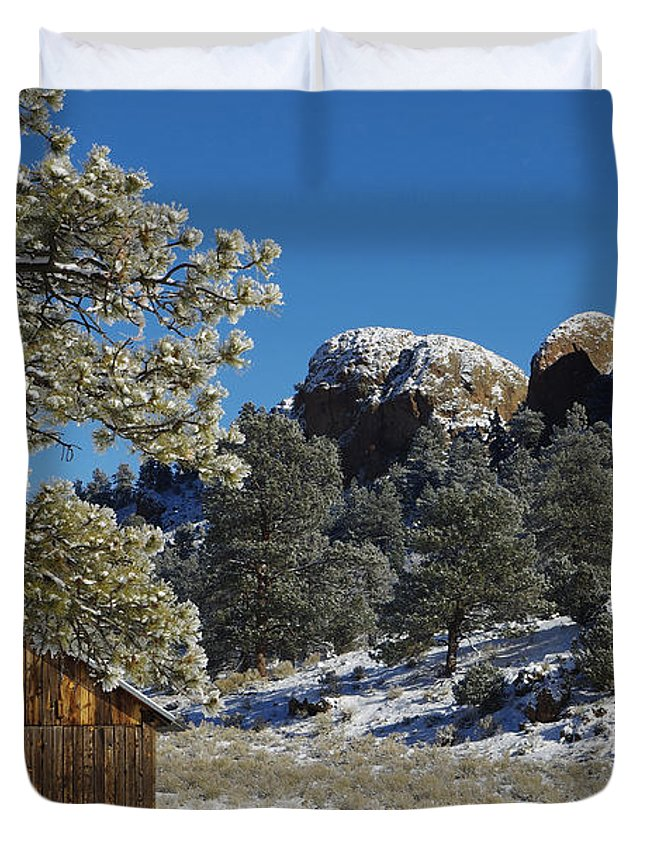 Colorado Photographs Duvet Cover featuring the photograph Hideout by Gary Benson