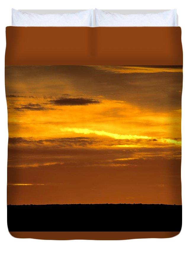 Oklahoma Duvet Cover featuring the photograph High Plains Sundown by Linda Stewart