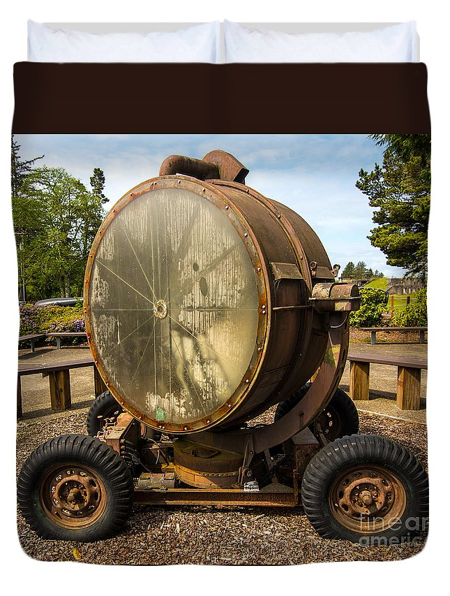 Historic Duvet Cover featuring the photograph Historic Military Spotlight - Fort Stevens - Oregon by Gary Whitton