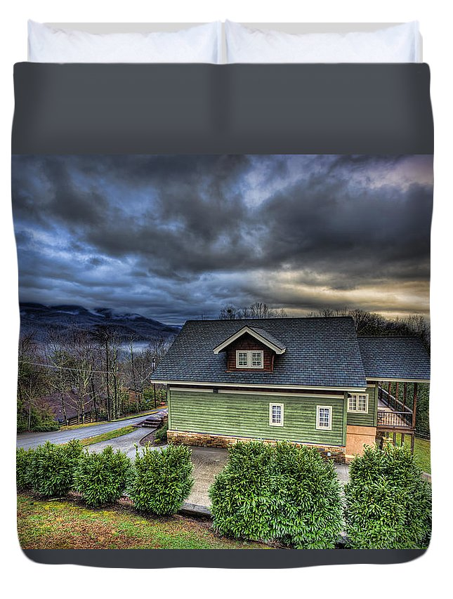 Smoky Mountain National Park Duvet Cover featuring the photograph Home In The Mountains by Scott Wood