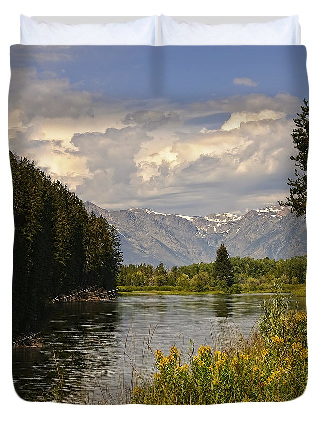 Vista Duvet Cover featuring the photograph Homeground Waters Landscape by Timothy Flanigan
