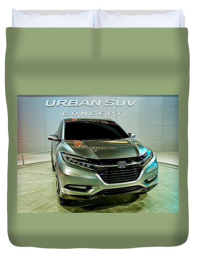 Honda Duvet Cover featuring the photograph Honda Urban Suv Concept 2 by Rachel Cohen