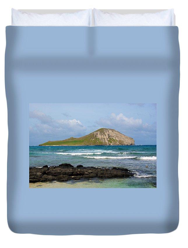Honolulu Duvet Cover featuring the photograph Honolulu Hi 5 by Richard J Cassato